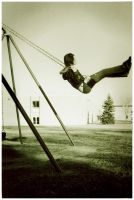 Swing, swing. by isoldthesunrise
