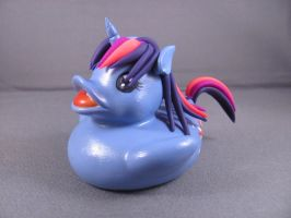 Twilight Sparkle Duck by spongekitty