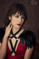 Harnesses and feather spaulettes by Costurero-Real
