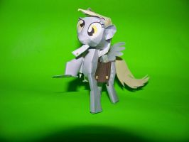 Derpy hooves paper craft1 by batosan