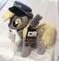 Derpy Mailpony plush by hystree