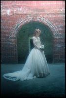 .:Lonesome Bride:. by Dawnrie