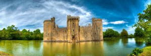 Bodiam Castle by Willbo91