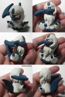 Absol Figure by ChibiSilverWings