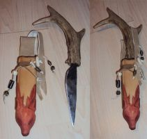 Knife with sheath by Ermelyn
