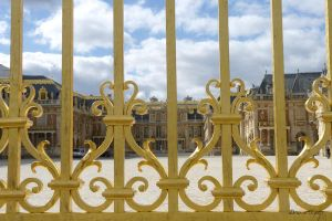 Through the golden closed gate by chrysilla
