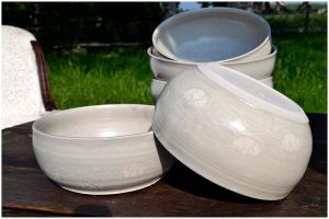 Nenuphar salad bowls by ClaireBriant