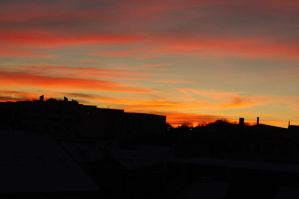 Sunset over Dundee 12th Dec 10 by dreamssetufree