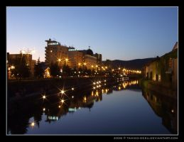 Japan: Otaru Canal by night by tamiko-desu