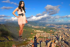 Vanessa Hudgens want to crush the city by massiveGTS