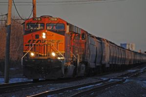 BNSF Long Ave_0055_2-11-12 by eyepilot13