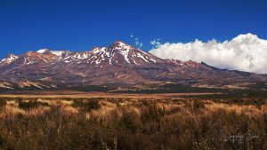 Mount Ruapehu by JoycelynSiew
