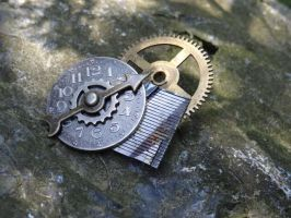 Steampunk heart pin by Hiddendemon-666