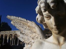 Angel esculture by 00Minc00
