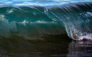 Glass Curl by jbrum