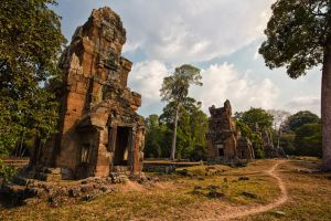 angkor thom by lesterlester