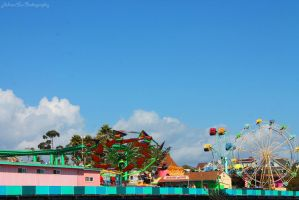 Santa Cruz Boardwalk by W0lfieRose