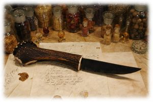 Stag antler knife by Motivwunsch
