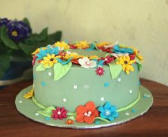 Flower Cake by ginkgografix