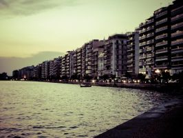 Paralia of Thessaloniki by dompred