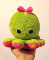 Green octopus plushie by FizziMizzi