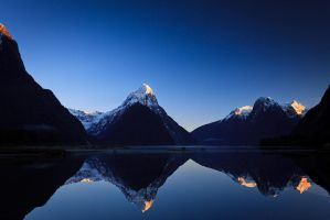 Milford Sound Sunrise by jonpacker