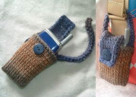 Cellphone case by holls