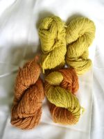 Tansy weed dye (with madder) by tanjaESK