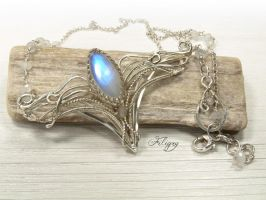 Elven Jewelry - Moonstone Necklace by FILIGRY