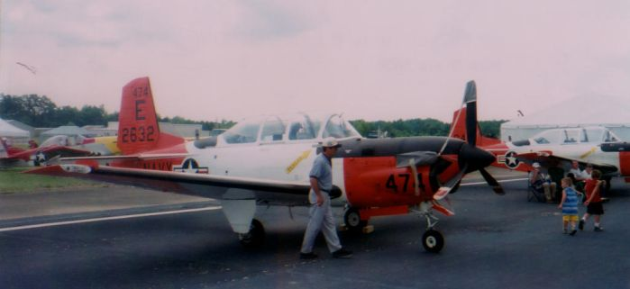 2001 AEDC Air Show - T-34 Mentor by squirrelismyfriend