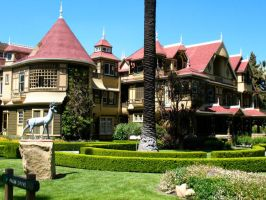 Winchester Mystery House 2 by billxmaster