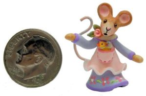 wee sweet baby girl mouse and chick by WEE-OOAK-MINIATURES