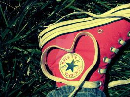 I Love My Converse by imthinkingoutloud