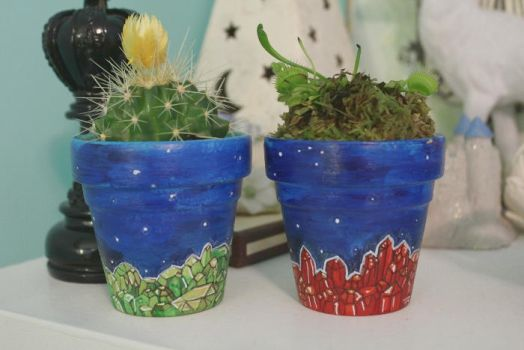 karkinos and hydra (hand-painted flower pots) by deerspots