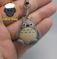 Totoro Charm by Hybrid-Sheep