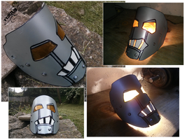 Robot-style mask by Yurius06