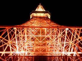 Tokyo Tower by night... by UrbanZombie