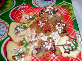 Gingerbread Man and Christmas Cookies by TheWizardofOzzy