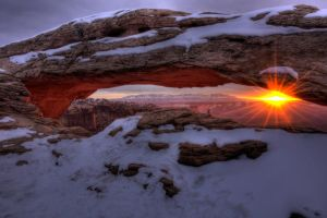 Mesa Arch Sunrise by mikewheels