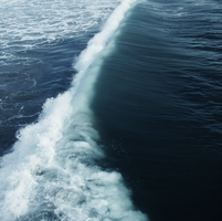 Fracture in the Ocean by AdrienCGD