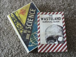 Fallout - Skill books - Science Book + Survival G. by iSeptem