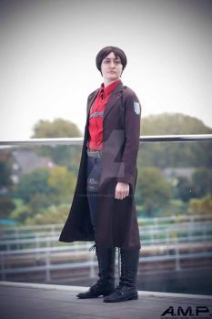 Counter Attck Eren Yeager by tricksterfox18