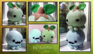 Blue and Green octopus plush by Yuwi