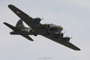 B-17G Memphis Belle by DAZZY-P