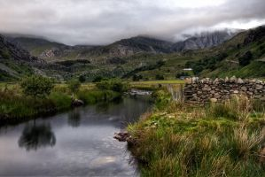 Ffrancon valley by CharmingPhotography