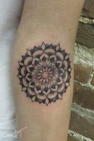 mandala dotwork by Janaina