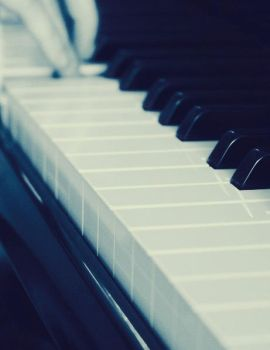 Piano lessons by zerontology