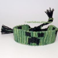 Minecraft Creeper Bracelet by CarrieBea