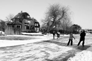 Ice skating in holland by CiindyCore