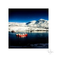 Winter tribute - Red Boat by chilouX